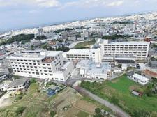 沖縄病院外観.jpg