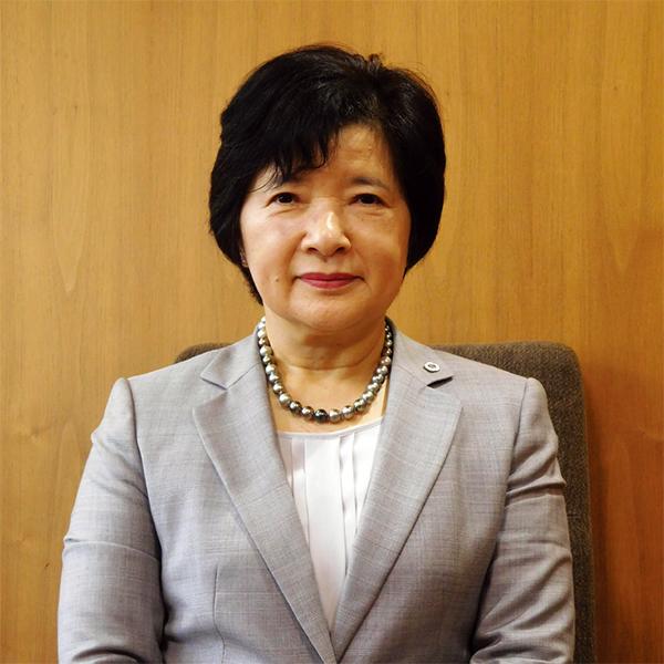 三重県看護協会 会長 西宮 勝子