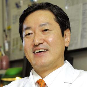 琉球大学医学部附属病院 病院長 藤田 次郎
