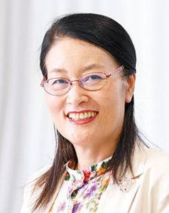 石川県看護協会 会長 小藤  幹恵