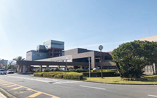 大分大学医学部附属病院 創立40周年 先進かつ低侵襲治療で地域と世界に貢献