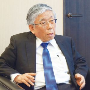 上野道雄氏